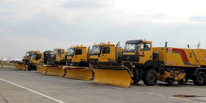 Havalimanları karla mücadeleye hazır