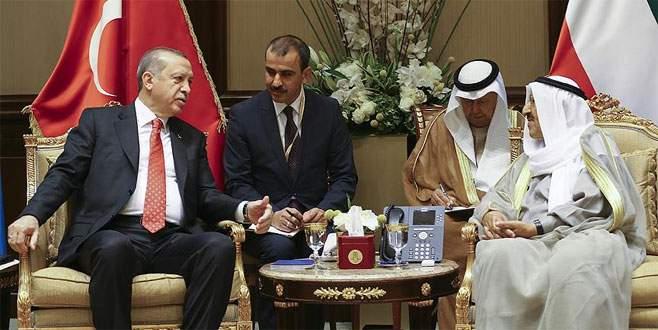 Cumhurbaşkanı Erdoğan Kuveyt'te imza törenine katıldı