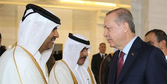 Erdoğan, Katar'da törenle karşılandı