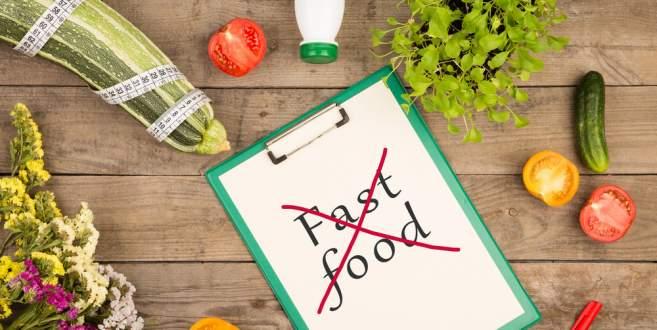 Fast Food tükettiğimizde vücudumuzda neler oluyor?