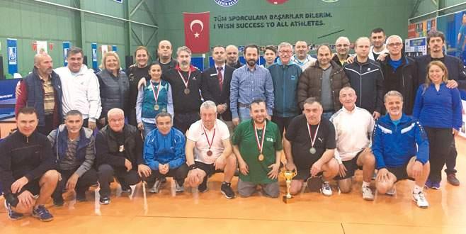 Ata'ya saygı turnuvası