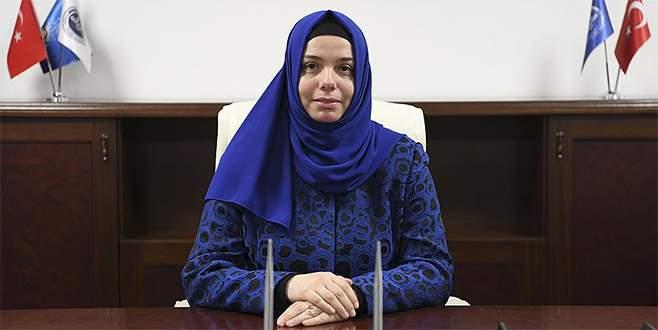 Diyanet'in ilk kadın başkan yardımcısı göreve başladı