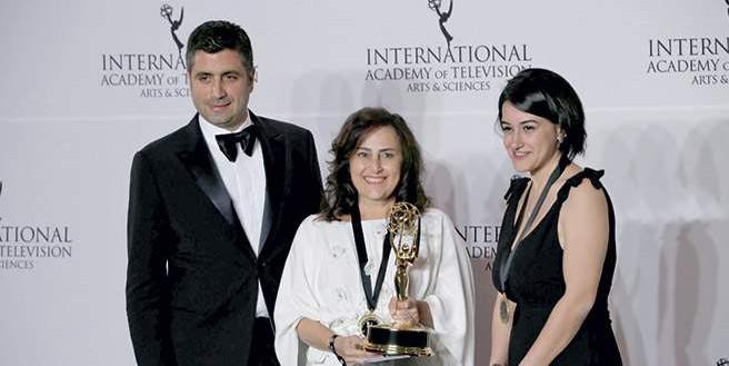 Kara Sevda'ya Emmy ödülü
