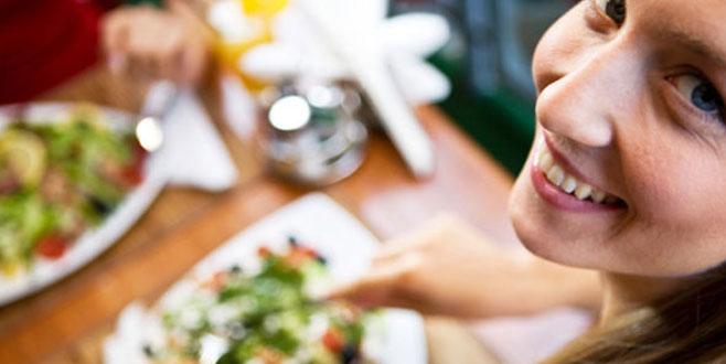 Yavaş yemekle hızlı yemenin arasındaki fark inanılır gibi değil