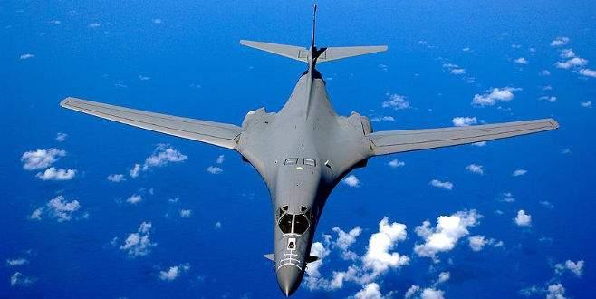 ABD bombardıman uçakları Kore Yarımadası'nda tatbikat yaptı