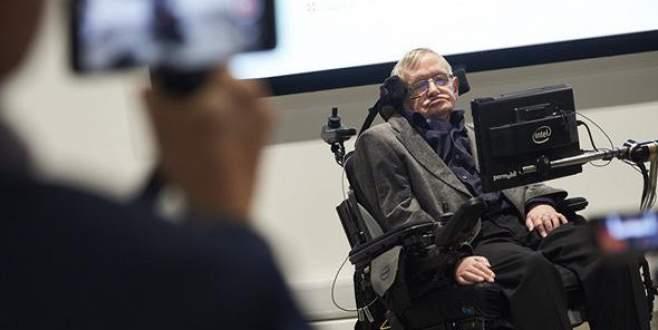 Hawking: Yapay zeka insanları ortadan kaldıracak