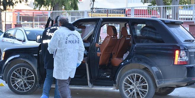 İş adamı, arabasında başından vurularak öldürüldü