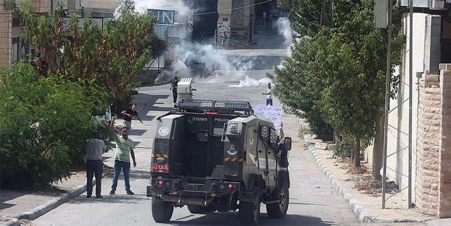 İsrail ordusuna ait askeri araç Filistinli çocuğa çarptı