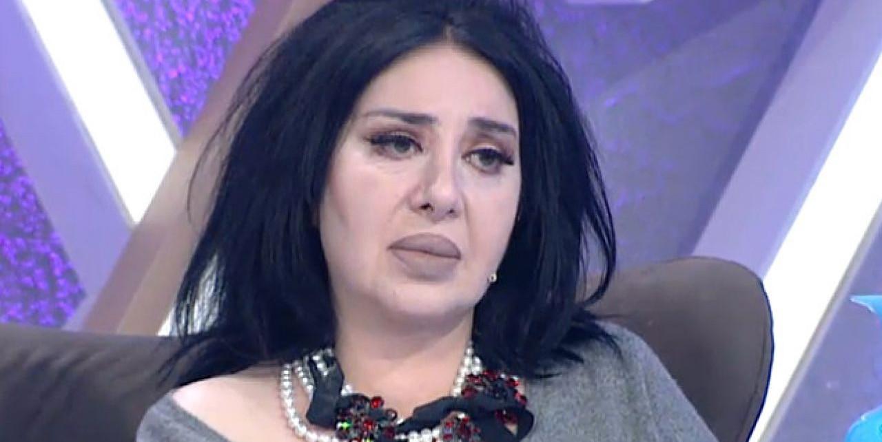 Herkesin sırtını döndüğü Nur Yerlitaş'a, kucağını açmış