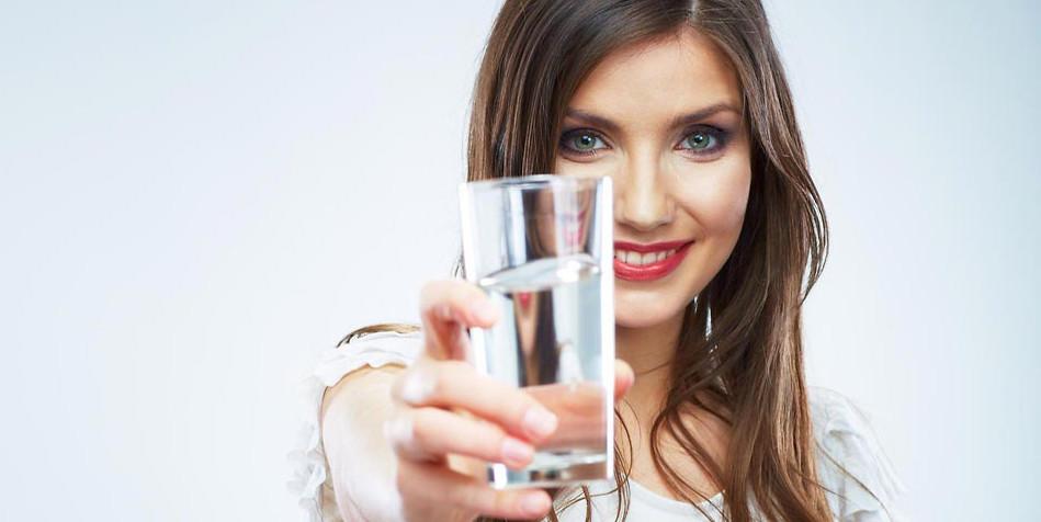 Düzenli sıvı tüketimi kilo kontrolü sağlıyor