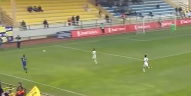Dünya Abdullah Balıkuv'u konuşuyor: Carlos'un golünü attı