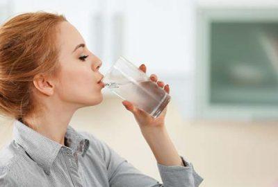 Günde 8 bardak su içmek bu hastalığı tedavi ediyor