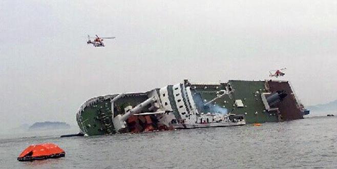 251 yolculu feribot battı: Ölü ve yaralılar var