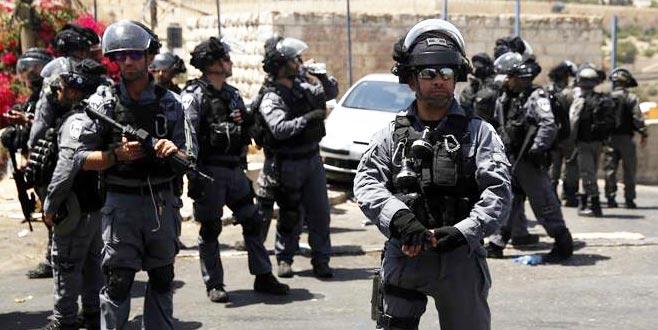 İsrail polisi iki Türk'ü gözaltına aldı