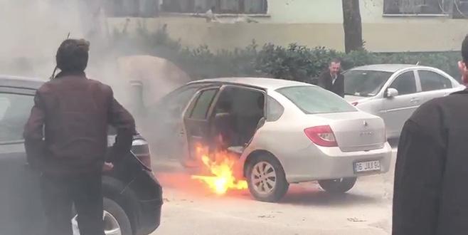 Bursa'da LPG'li araç alevlere teslim oldu!