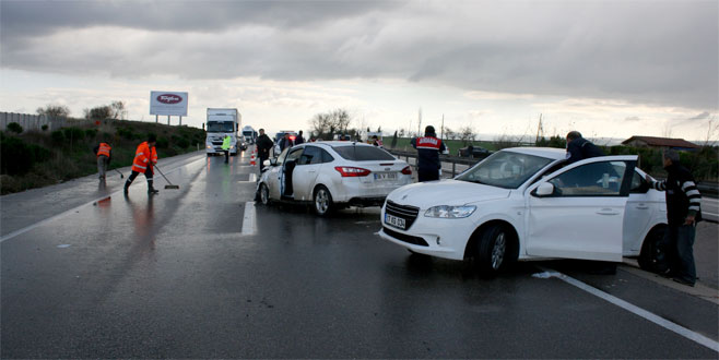 Bursa'da zincirleme facia: 2 ölü, 8 yaralı
