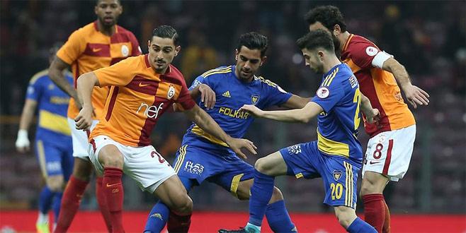 Galatasaray kupada avantajı kaptı