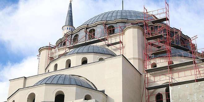 Tamamlandığında Balkanlar'ın en büyük camisi olacak