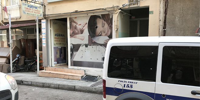 Bursa'da güzellik merkezine saldırı