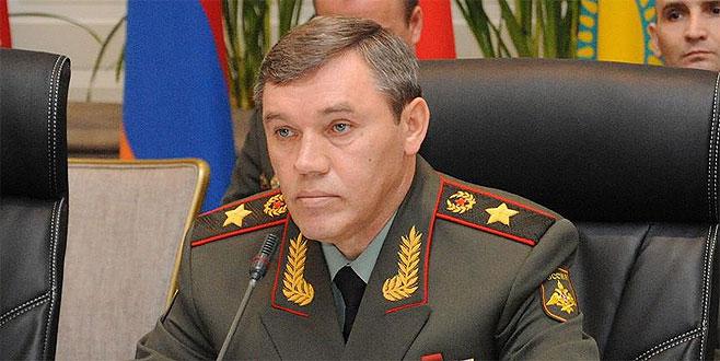Rusya: ABD, DEAŞ'lılara askeri üste eğitim veriyor