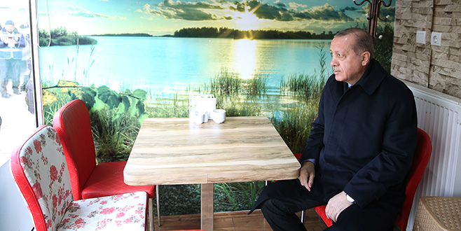 Cumhurbaşkanı Erdoğan börekçide…