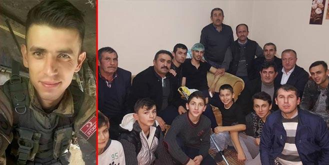 Hakkari'de yaralanan asker Bursa'daki evine döndü
