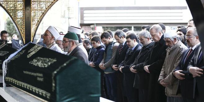 Cumhurbaşkanı Erdoğan, Demir'in cenazesine katıldı
