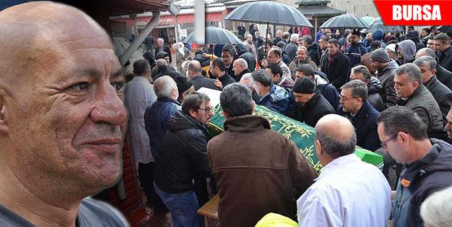 3 kişinin umudu olan doktorun cenazesi memleketine uğurlandı