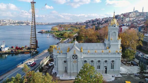 Restorasyonu tamamlanan Demir Kilise açıldı
