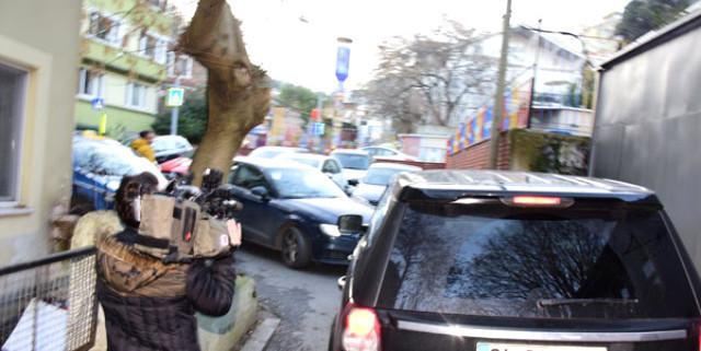 Aracığıyla ters yöne giren ünlü oyuncu, trafiği felç etti