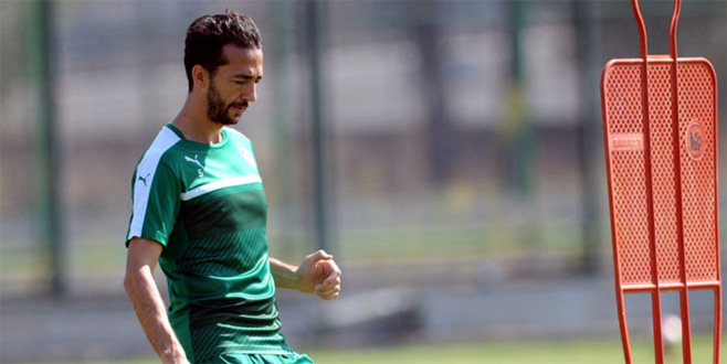 Bursaspor'da Bilal Kısa ile yollar ayrıldı