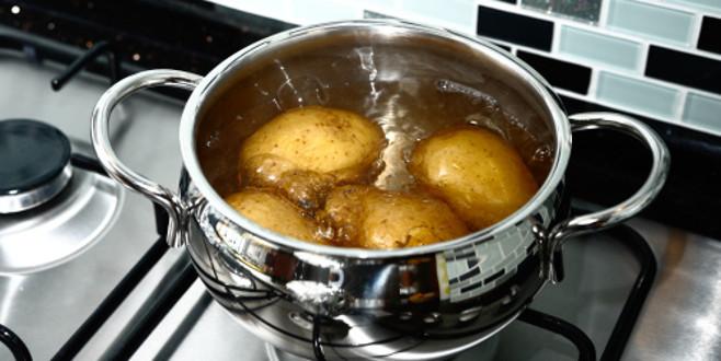 Sabahları aç karnına patates suyu içerseniz..