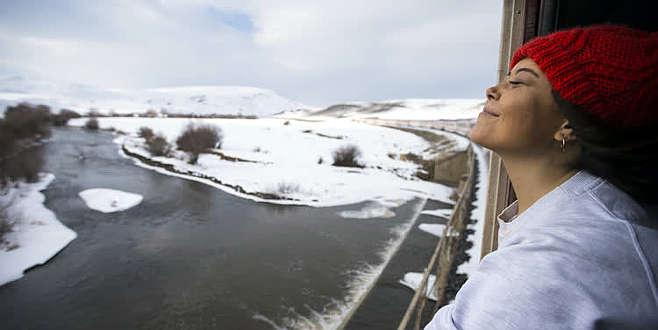 24 saatlik unutulmaz yolculuk! Kış mevsiminin gelmesiyle ilgi odağı oldu