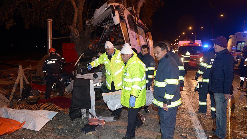 Gezi dönüşü facia! Tur otobüsü kaza yaptı: 11 ölü, 44 yaralı