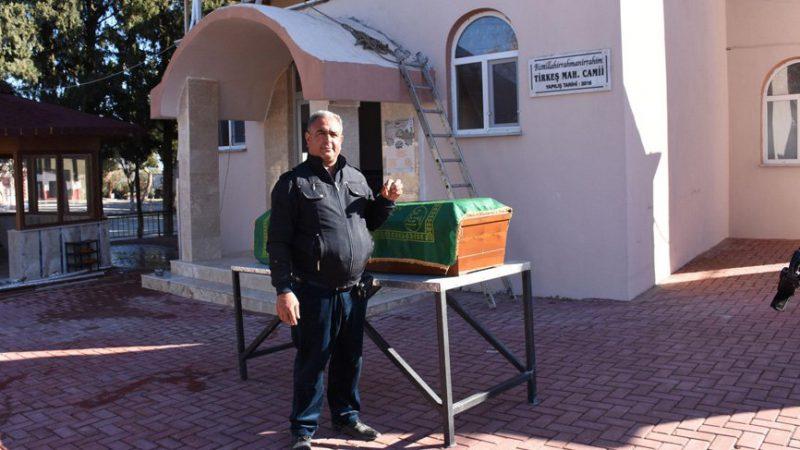 Muhtarın 'ölmeyi yasakladığı' mahallenin camisi tamamlandı