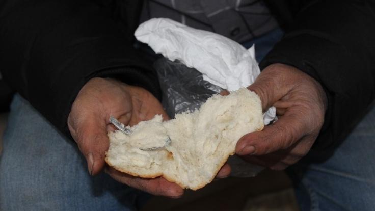 Ekmekten çay kaşığı çıktı! Sosyal medya yıkıldı