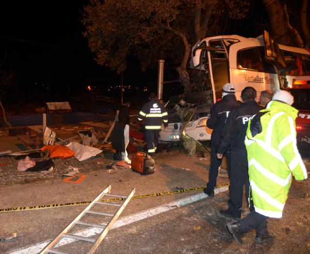 11 kişiye mezar olan otobüsün şoförü: Önüme köpek çıktı sandım direksiyonu kırdım