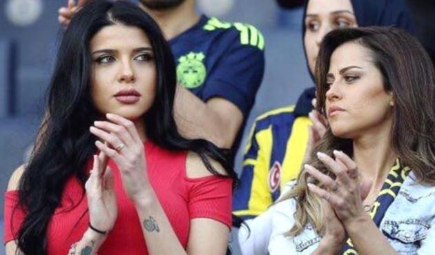 Tribündeki o güzel, ünlü futbolcunun eşi çıktı!