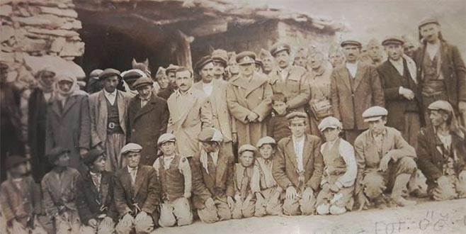 Bursalı öğretmenin çektiği fotoğraf 64 yıl sonra gün yüzüne çıktı