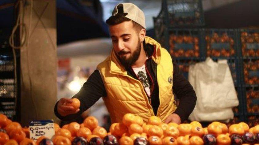 Bursalı mandalinacının iki günde ulaştığı rakam, usta sanatçıları kıskandıracak!