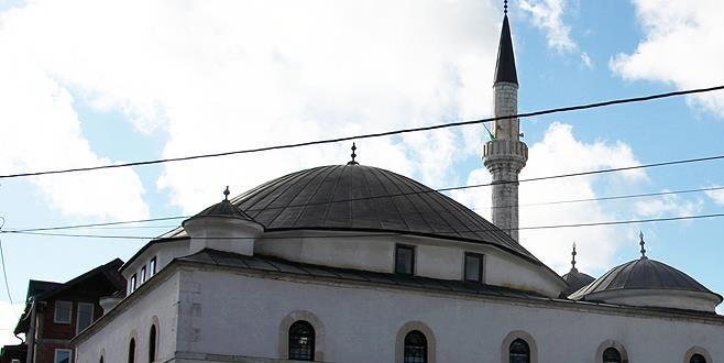 Sancak camilerinde selalar Türkiye için okundu