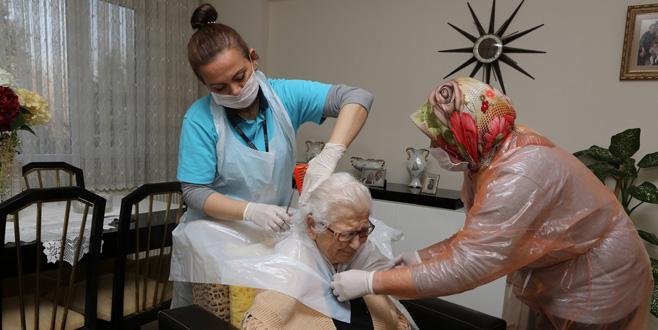 Hasta ve bakıma muhtaç yaşlılar yalnız değil