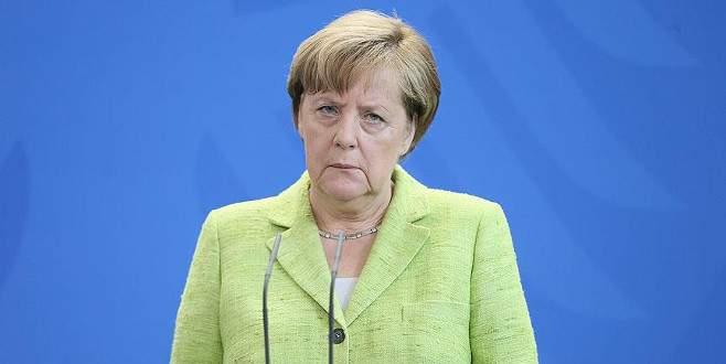 Merkel koalisyonda yer alacak bakanlarını açıkladı