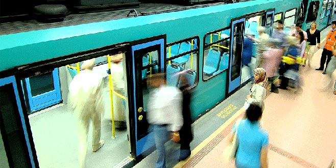 BURULAŞ metroyu kullananları uyardı!
