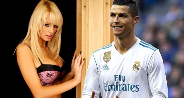 Ronaldo'nun ahlaksız teklifini ifşa etti