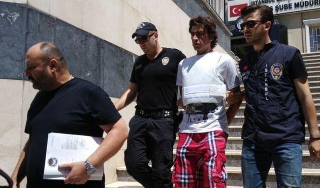 Ünlü türkücünün ağabeyine 13,5 yıl hapis!