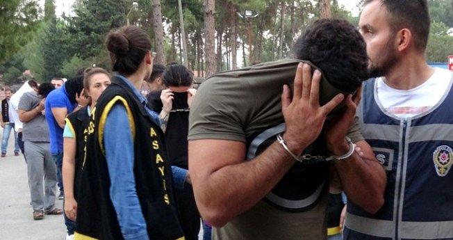 Fuhuştan gözaltına alınan damat adayı para basıyor!