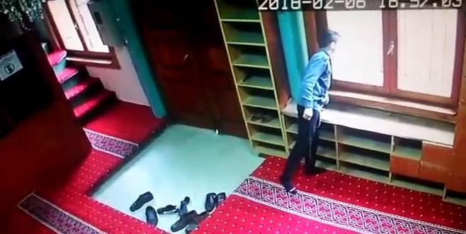 Bursa'da camide şoke eden olay!