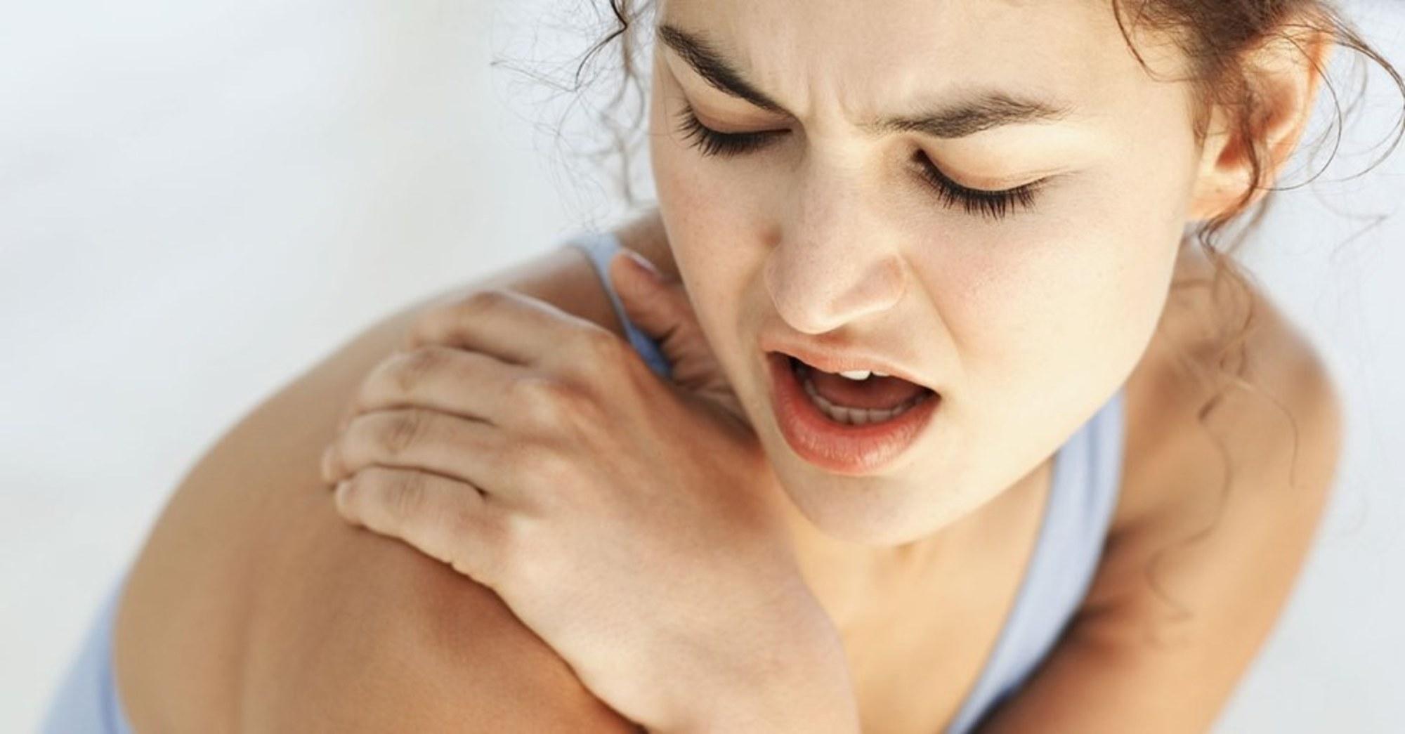 Şiddetli mide ve omuz ağrısına dikkat! Safra kesesi taşı olabilir