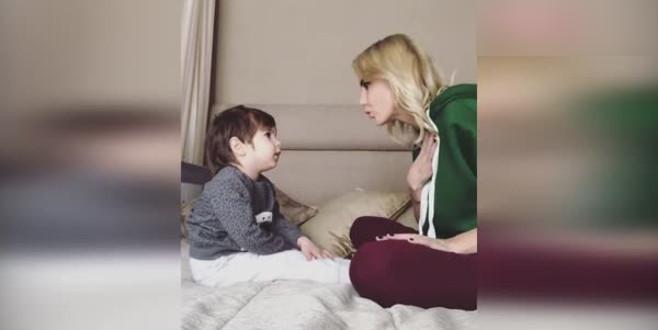 Oğlunu cinsel istismara karşı eğittiği video, 2,5 milyon izlendi